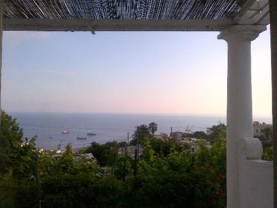 Il Portico: terrazzo camera