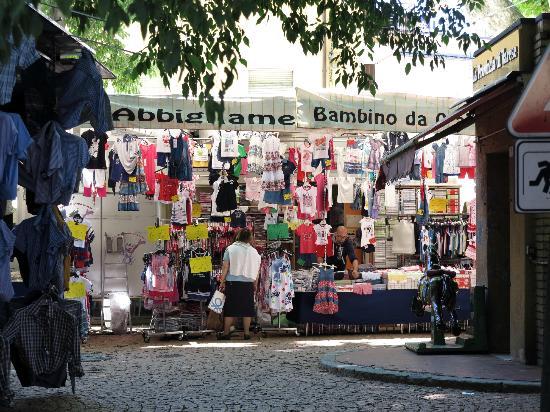 Mercato di Luino: Markt 4