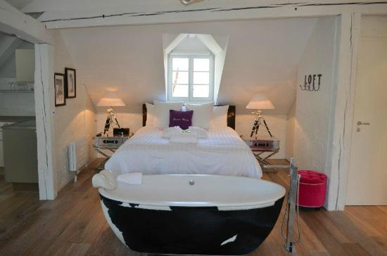 Le Bourg 7: The Loft