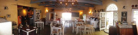 The Barn Pub & Restaurant: Inside dining