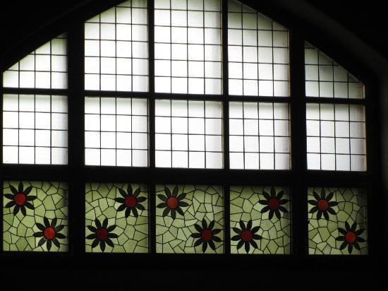 Tampereen Tuomiokirkko: glass painting: side walls