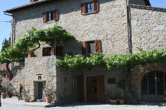 Agrirurismo I Pagliai: Main villa at I Paglia
