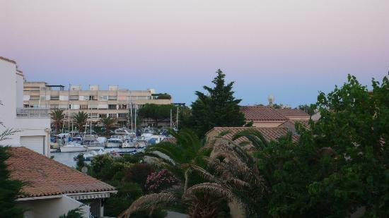 Hotel Eve : View of marina from balcony