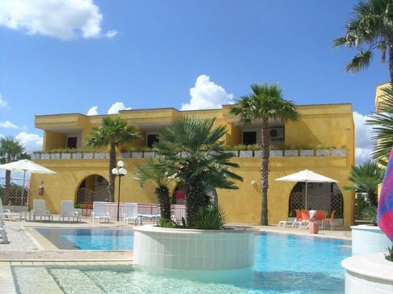 Costa d'Oriente Residence Club