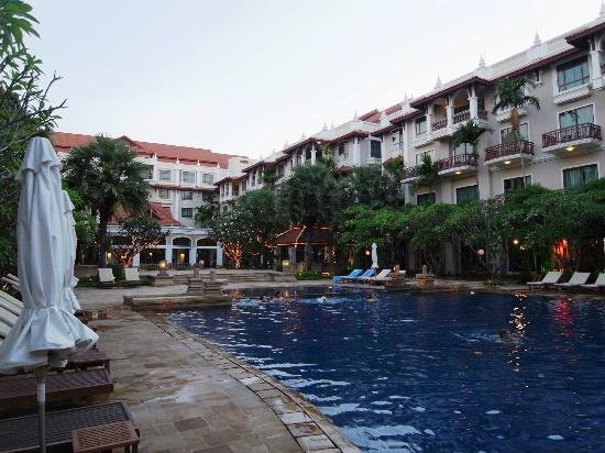 Sokha Angkor Resort: inside the hotel, around swimming pool