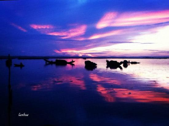 Asiana Travel Mate - Private Day Tours : Sunrise on Tam Giang Lagoon