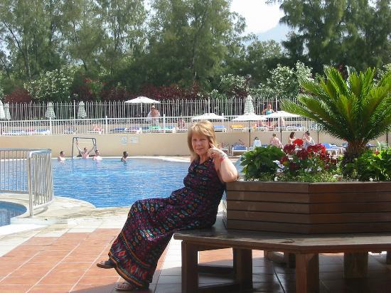 Compostela Beach Resort - Golf III: pool area