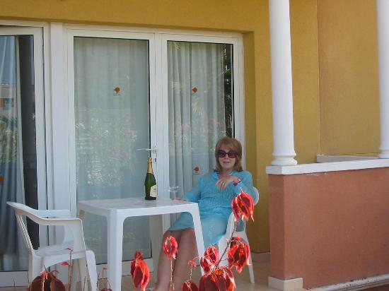 Compostela Beach Resort - Golf III: room patio