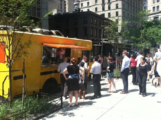 Sidewalks of NY Food Truck Tours: Big D's Grub Truck