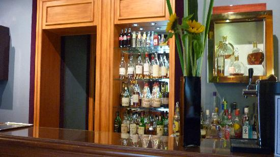 Le Castel Marie-Louise : Bar vue 2