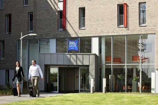 Hotel Ibis Budget Brugge Centrum Station: hotel entrance