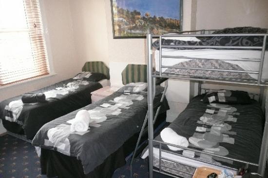 The Lodge: Room 5