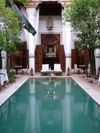 Riad Slitine: Pool area