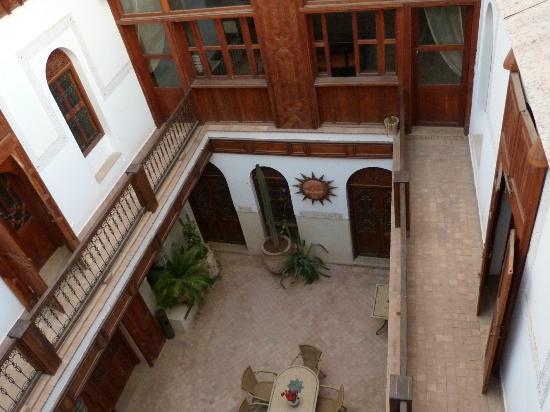 Riad Slitine: Inner court