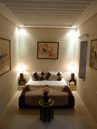Riad Slitine: Room
