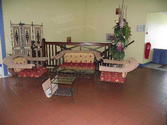 La Maison Creole: salon de l'étage