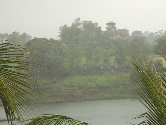 Ras Resorts Silvassa: Room view