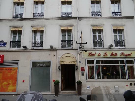Front of Hotel Motte Picquet
