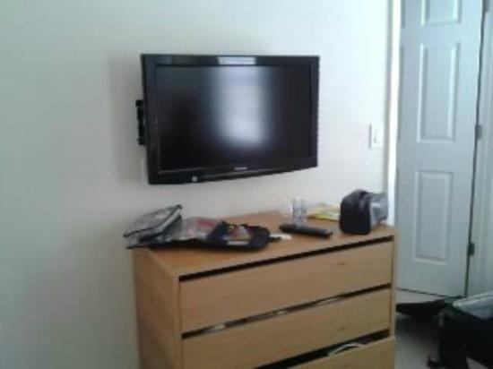 Flat Screen Tv In Master Bedroom Picture Of Clc World Florida At Encantada Kissimmee Tripadvisor