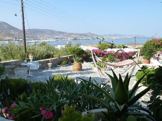 Krotiri Bay : Private garden