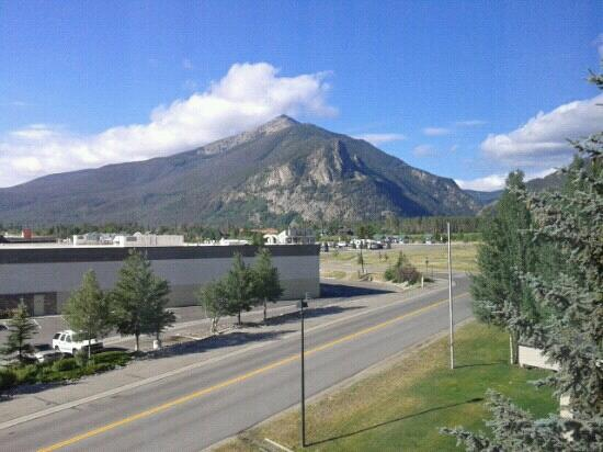 Baymont Inn & Suites Lake Dillon: view from our window