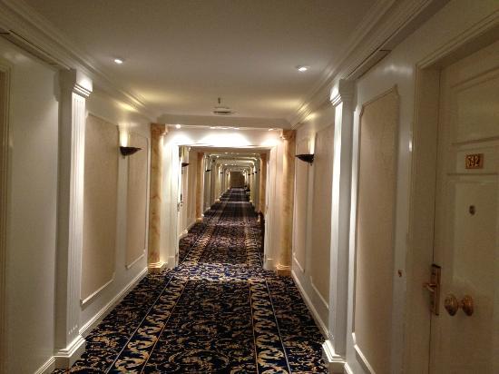 Alvear Palace Hotel: Pasillo piso  5to