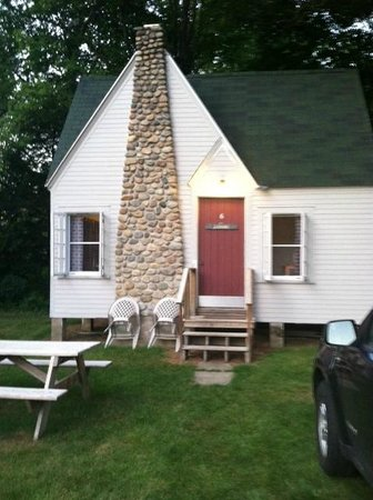 Gilcrest Cottages and Motel: Exterior of Cottage #6