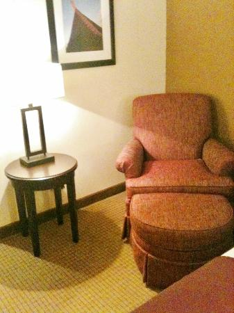 Wingate by Wyndham Chantilly / Dulles Airport: Corner seating