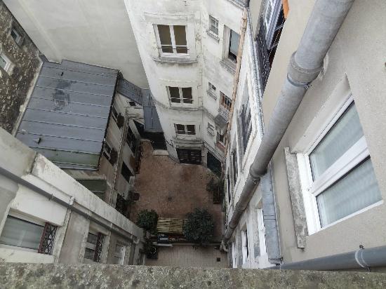 Timhotel Jardin des Plantes: Courtyard