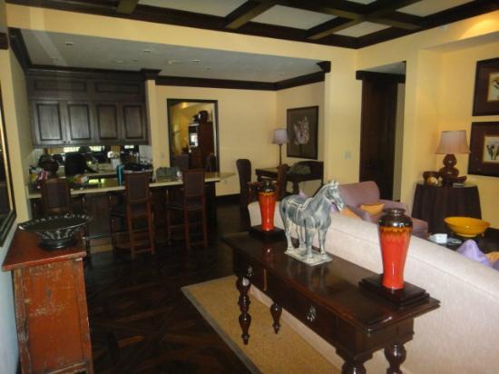 The Brazilian Court Hotel: Living Room/Kitchen