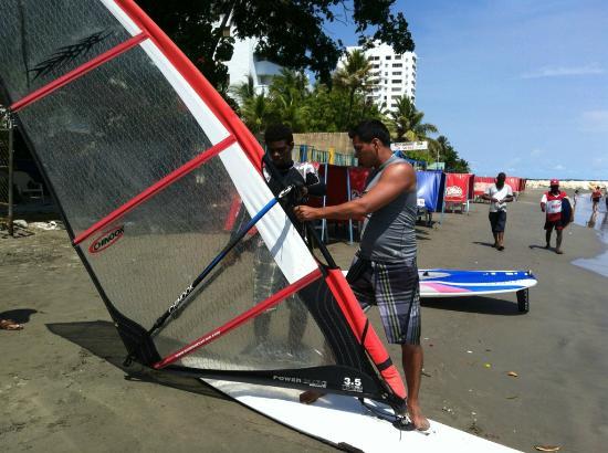 Mokana Ventura: Instructions for Wind surfing