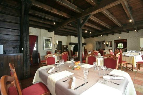 Hotel Arbor - Auberge de Mulsanne : une autre salle du restaurant