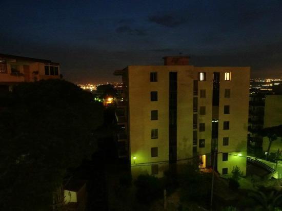 Ohtels Playa de Oro: night view across the bay