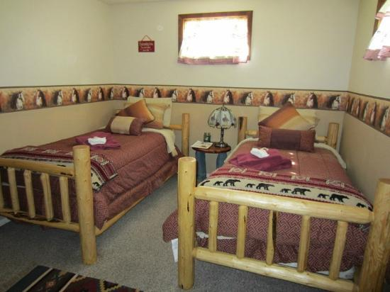 Lonesome Spur Ranch: My room ...