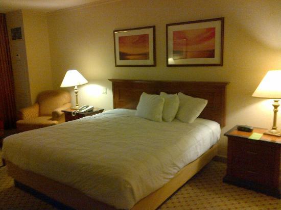 Showboat Hotel Rooms