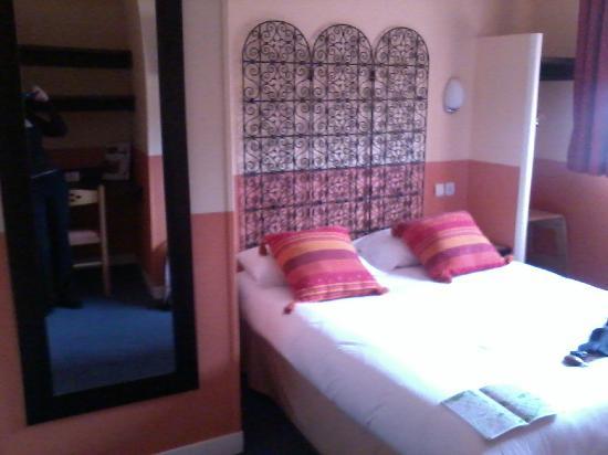 Hotel du Havre : Chambre n°35 (bis)