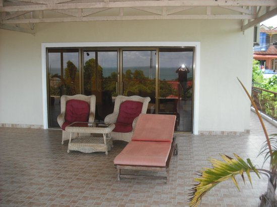 Golden Rooster Hotel: Balcony