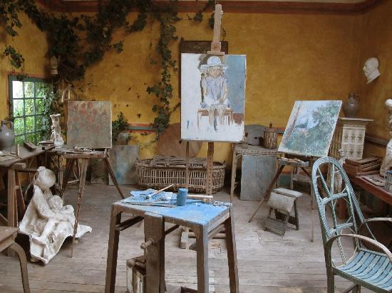 Review Of Artist Design : The artists studio picture of restaurant baudy giverny