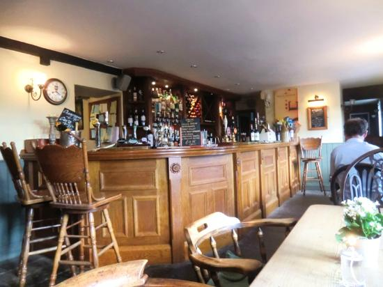 The Holcombe Inn: The Bar