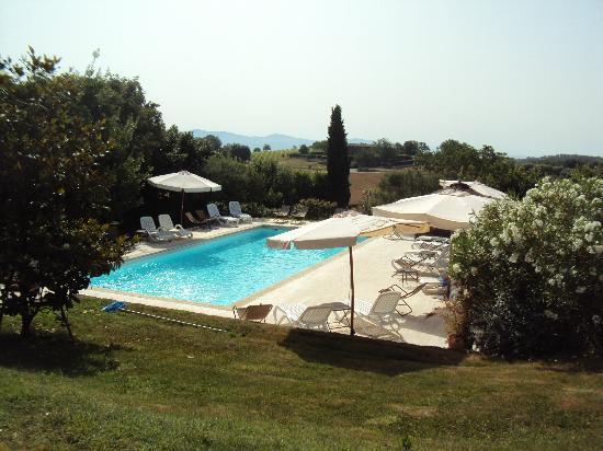 L'Uva e le Stelle: La piscina con idromassaggi