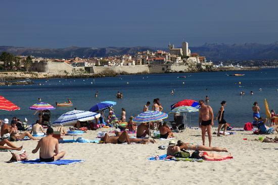 Hotel Le Ponteil : The beach at Antibes about 10 minutes walk from the hotel