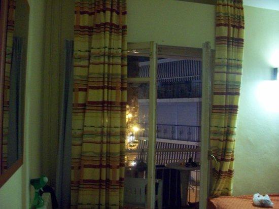 Residencial Bristol Hotel: balcony