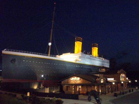 Photos of Titanic Museum Attraction, Pigeon Forge