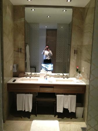 The St. Regis Mexico City: TV in the mirror