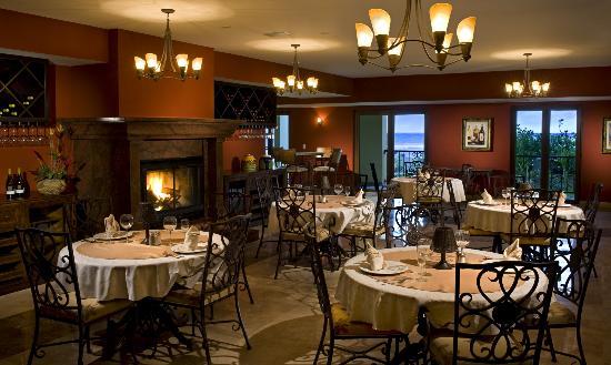 Estrella Del Mar Resort Mazatlan: Los Delfines Restaurant & Bar