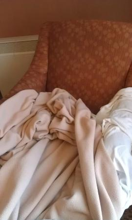 Holiday Inn Baltimore-Inner Harbor: This was the chair one of my kids slept on because the hotel didn't have the beds for us.