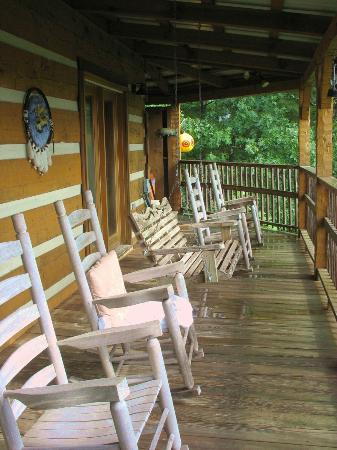 Townsend View Rentals: Great Porch