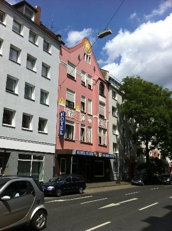 Hotel Beyer Prices Amp Reviews Dusseldorf Germany