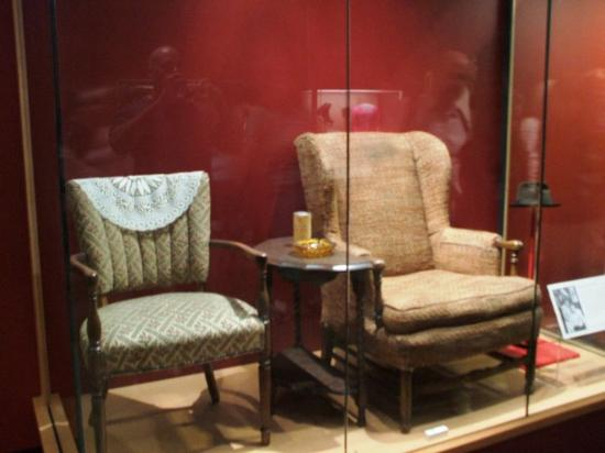 Washington DC, DC: Archie Bunker's chair