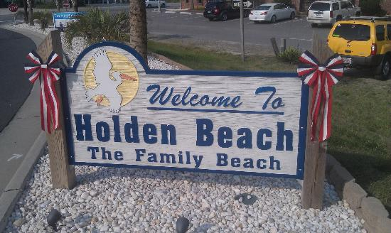 Holden Beach Welcome Sign